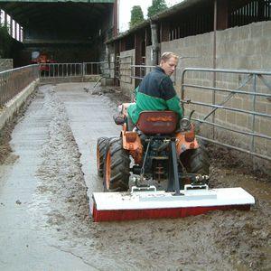 метла для установки на трактор