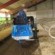 автоматическая система распределения пищи для крупного рогатого скота / самоходная / с воронкой